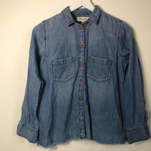 Madewell denim raw hem button shirt size xs